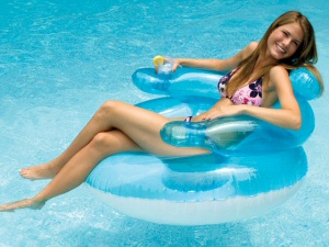 swimline 90416 bubblechair inflatable pool toy